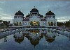Banda Aceh / BTJ (Aceh, Sumatra): pond by the Grand-Mosque - Grote Moskee in Banda Atjeh.