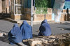 Afghanistan - Herat - women at the mosque - photo by E.Andersen