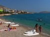 Sarandë, Vlorë County, Albania: beach life on the Ionian sea - pebble beach on the Albanian Riviera - photo by J.Kaman