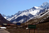 Argentina - Penitentes (Mendoza): the town and the Andes (photo by N.Cabana)