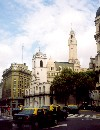 Argentina - Argentina - Buenos Aires: taxis - Cabildo building (photo by Miguel Torres)