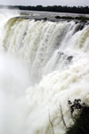 Argentina - Iguazu Falls (Misiones province): mighty waters - Unesco world heritage site - cataratas de Iguazu - photo by N.Cabana
