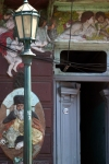 Argentina - Buenos Aires: lamp and stucco - La Boca (photo by N.Cabana)