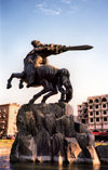 Armenia -  Yerevan: Sasuntsi Davit monument (railway station square - sculptor Yervand Kochar) (photo by M.Torres)