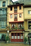 Spain - Asturias - Oviedo / OVD : bar - narrow building (photo by Miguel Torres)