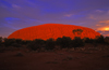 Ayers Rock / Uluru - Northern Territory, Australia: intense colours - photo by Y.Xu