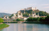Austria - Salzburg / Solnograd / SZG : the Salzach, the city and the Hohensalzenburg fortress on the M�nchsberg mountain - Altstadt - Unesco world heritage site - photo by M.Torres