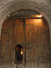 Sheki / Shaki - Azerbaijan: gate of the caravansaray hotel - photo by N.Mahmudova