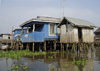 Ganvie, Benin: houses on stilts - lacustrian dwellings - probably the largest lake village in Africa - Lake Nokou� - photo by G.Frysinger