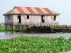 Ganvie, Benin: lacustrian dwelling on stilts - Lake Nokou� - maison � ossature bois sur pilotis - photo by G.Frysinger