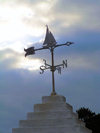 Bermuda - St. George: wind rose with a sail boat silhouette - photo by Captain Peter