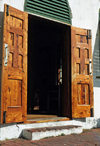 Bermuda - St. George: St. Georges's Anglican church - old wooden door - photo by G.Frysinger