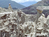 La Paz / LPB, Bolivia: walking in the Valley of the Moon - erosion - clay hoodoos - photo by M.Bergsma