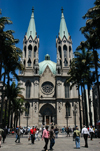 Brazil / Brasil - São Paulo: the cathedral - Praça da Sé - Neo-Gothic style - German architect Maximilian Emil Hehl / a catedral - revivalismo gótico - photo by M.Alves