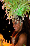 Rio de Janeiro, RJ, Brasil / Brazil: glamorous Carnival dancer with green plumage - Mocidade Independente de Padre Miguel samba school / escola de samba Mocidade Independente de Padre Miguel - photo by D.Smith