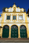 Olinda, Pernambuco, Brazil: baroque facade of the Convent of St Francis / Church of Our Lady of the Snows, built by the Portuguese in 1585, it is the oldest Franciscan convent in Brazil - Historic Centre of the Town of Olinda, UNESCO World Heritage Site - Convento de São Francisco /  Igreja de Nossa Senhora das Neves - photo by M.Torres