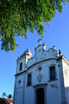 Olinda, Pernambuco, Brazil: facade of the Church of St Peter the apostle - seen from under a tree on Conselheiro João Alfredo square, Carmo - Igreja de São Pedro Apóstolo - photo by M.Torres