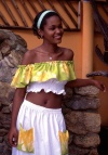 Brazil / Brasil - Porto de Galinhas, Ipojuca, Pernambuco: local charm - beautiful Brazilian black girl / encanto local - rapariga negra - photo by F.Rigaud