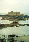 Brittany / Bretagne - St-Malo (Côtes-d'Armor): Fort National, built on tidal islet (photo by Aurora Baptista)