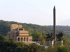 Veliko Tarnovo: monument of the Asens and State Art museum (photo by J.Kaman)