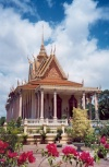 Cambodia / Cambodje - Phnom Penh: Royal Palace - Silver pagoda (photo by M.Torres)