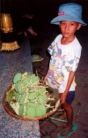 Cambodia / Cambodje - Phnom Penh: snacks - Lotus seeds (photo by M.Torres)