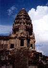 Angkor, Cambodia / Cambodge: Angkor Wat - one of the towers - photo by Miguel Torres