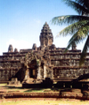 Angkor, Cambodia / Cambodge: Bakong - Roluos group - photo by Miguel Torres