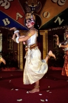Cambodia / Cambodje - Siem Reap: traditional Khmer dancer (photo by R.Eime)