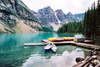 Canada / Kanada - Moraine Lake, Alberta: canoes - Banff National Park - Canadian Rockies - Rocky Mountains - photo by M.Torres