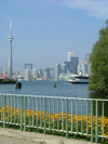 Toronto, Ontario, Canada / Kanada: view from Centre Island - Toronto skyline - photo by R.Grove