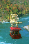 Niagara Falls, Ontario, Canada / Kanada: Whirlpool Aero Car - designed by Spanish engineer Leonardo Torres y Quevedo - cable car over the Niagara River - Autumn colors - photo by D.Smith