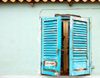 S.Maria, Sal island, Cape Verde / Cabo Verde: window with blue shutters - janela com venezianas azúis - photo by R.Resende