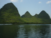 218 China - Yangshuo - (Guilin, Guangxi Province): hills along the Li River (photo by M.Samper)