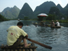 219 China - Yangshuo - (Guilin, Guangxi Province): hills along the Li River - rafts (photo by M.Samper)