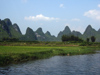 220 China - Yangshuo - (Guilin, Guangxi Province): scenery along the Li Jiang River (photo by M.Samper)