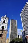 Bogota, Colombia: Avianca tower flanked by the Church of San Francisco and the Bank of the Republic - Av.Jim�nez - Cra.7 - Veracruz - Santa Fe - photo by M.Torres