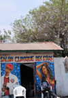 Goma, Nord-Kivu, Democratic Republic of the Congo: beauty parlours are numerous - Salon Clinique des Stars - mural - beautician - photo by M.Torres