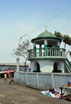 Goma, Nord-Kivu, Democratic Republic of the Congo: short minaret of the Friday Mosque - photo by M.Torres