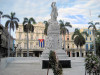 Cuba - Havana: flowers at Jose Marti monument - Hotel Inglaterra - Paseo del Prado - Unesco world heritage site - photo by L.Gewalli