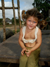 Cuba - Holguín province - girl with dirty face - Cuban angel - photo by G.Friedman