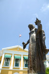 Curacao - Willemstad: Statue of Antilles lady outside Fort Amsterdam, Punda - photo by S.Green