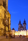 Czech Republic - Prague: Astronomical Clock and the Old Town Square - night arrives - photo by J.Kaman