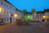 Czech Republic - Mikulov: Town Square - nocturnal  - photo by J.Kaman