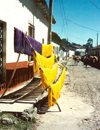 El Salvador - drying the dyed yarn - textiles - photo by G.Frysinger