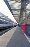 Warrington, Cheshire, England, UK: trains at the Central Station - photo by D.Jackson