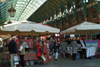 London: Covent garden market - apple sellers - Camden - photo by K.White