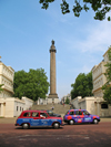 England - London / Londres: taxis and Duke of York Column - Waterloo place - photo by D.Hicks