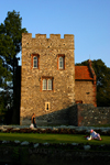 Canterbury, Kent, South East England: Westgate gardens - Westgate city wall, by the Great Stour river - photo by I.Middleton