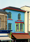 England (UK) - Southport (Merseyside): colourful house - photo by D.Jackson